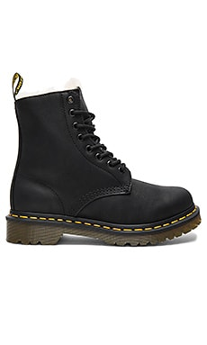BOTTINES 8 ŒILLETS SERENA Dr. Martens $140 BEST SELLER