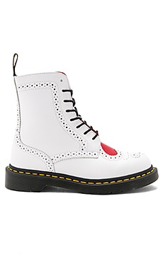 Bentley II 8 Eye Boots in White Heart Red