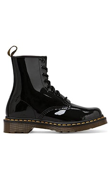 BOTTINES MODERN CLASSIC 8 EYE Dr. Martens $125 BEST SELLER