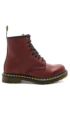 BOTTINES 1460 8 EYE Dr. Martens $140 BEST SELLER
