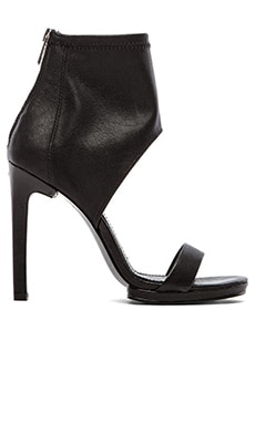 DV by Dolce Vita Savana Heel in Black