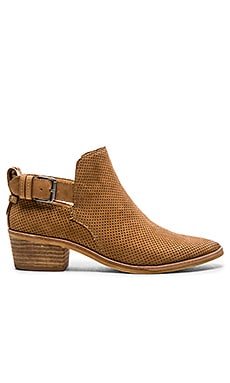 Kara Bootie en Saddle