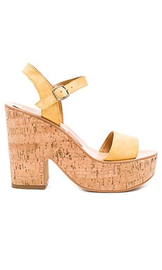 Randi Sandal in Yellow