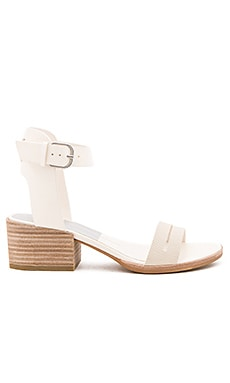 Rae Heel in Off White