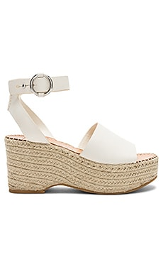 Lesly Wedge Dolce Vita $120 BEST SELLER