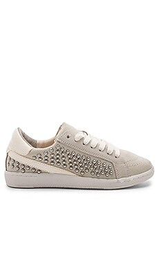 Nino Sneaker Dolce Vita $125