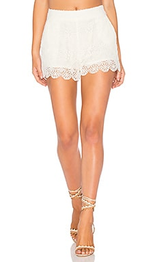 Medallion Crochet Short in Natural