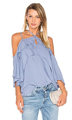 Stella Cold Shoulder Top en Periwinkle