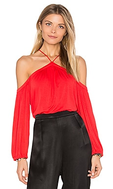 Bella Cold Shoulder Top en Rouge Tango