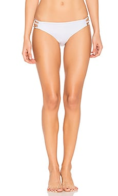 Juliet Solids Side Strap Bikini Bottom en Blanc
