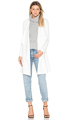 Essence Trench in White
