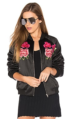 Floral Embroidered Bomber in Schwarz