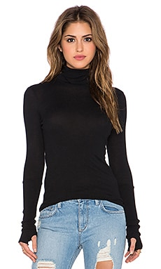 Enza Costa Cashmere Long Sleeve Fitted Turtleneck in Black