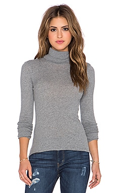Enza Costa Cashmere Long Sleeve Fitted Turtleneck in Smoke