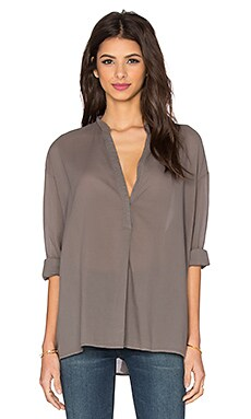 Long Sleeve Oversize Henley Top en Flint