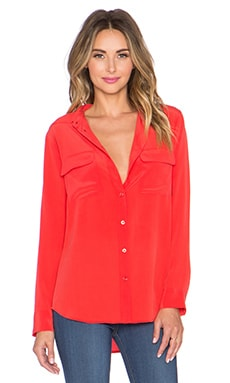 Equipment Super Vintage Wash Slim Signature Button Up Top in Cherry Red