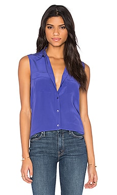 Sleeveless Slim Signature Blouse in Biro Blue