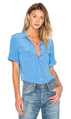 Slim Signature Short Sleeve Blouse en Regatta