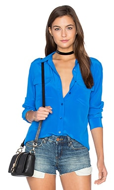 Slim Signature Silk Button Up en Lapis