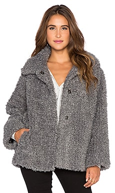 Fake It Happen Coat en Gris