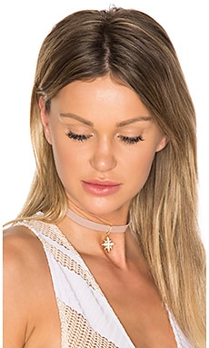Star Choker in Pink