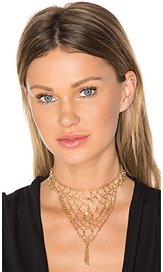 Lady of the Manor Choker