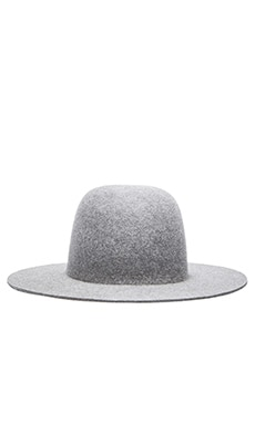 Etudes Studio Sesam Hat in Grey