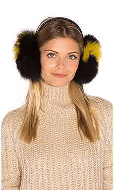 Janine Artic Fox Fur Ear Muff en Black & Black Multi