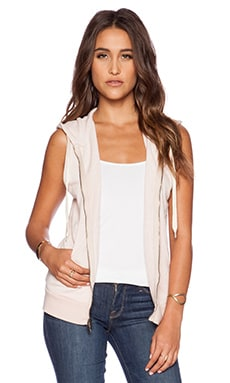 EVER Andy Sleeveless Zip Up Hoodie in Shell