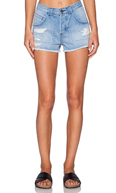 EVER Mason Patched Short in Distressed Light Blue