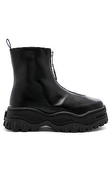 Raven Sneaker Eytys $380 BEST SELLER