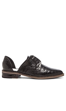 Freda Salvador Wear Oxford in Black Croc