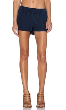 FRAME Denim Le Jogger Short in Navy