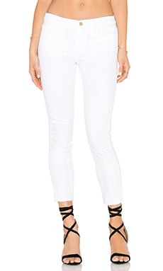 Le Garcon Unifnished Hem Crop in Blanc