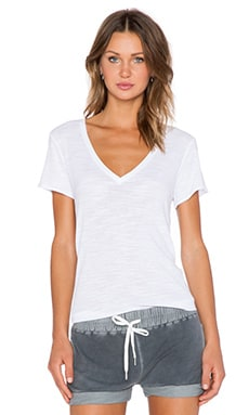 Feel the Piece Noemie Tee in White