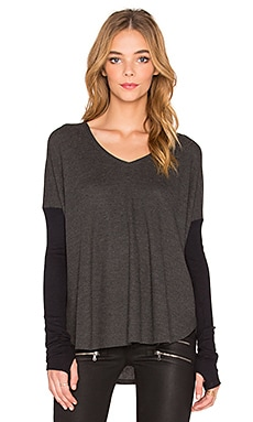 Feel the Piece Scout V Neck Tee in Charcoal & Black