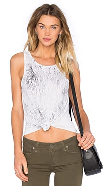Aria Crew Neck Tank in Fracture Wash