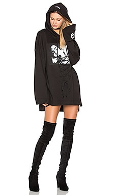 Long Sleeve Graphic Lace Up Hoodie in Black