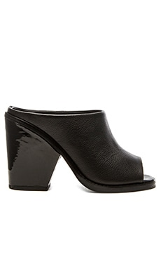 Finders Keepers Overlap Mule in Black