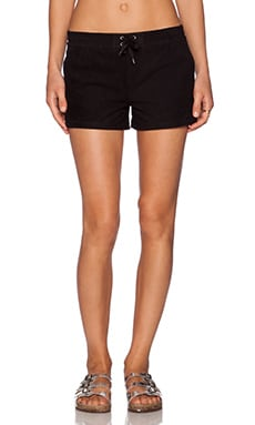 Fine Collection Short in Black