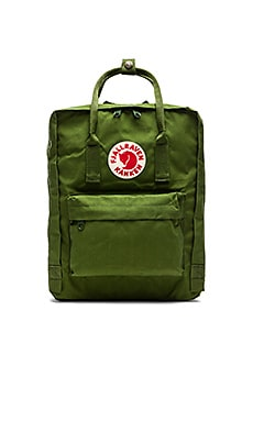 Fjallraven Kanken in Leaf Green