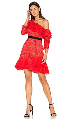 Chianti Off Shoulder Ruffle Dress en Red Hot