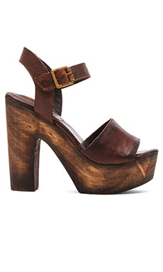 Freebird by Steven Caye Heel in Cognac