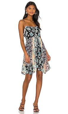 ROBE COURTE SUMMER STORM Free People $88