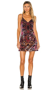 ROBE CARACO ENCHANTED Free People $88