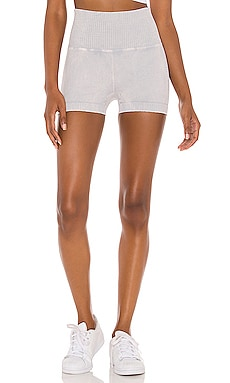 SHORT DE COURSE GOOD KARMA Free People $48