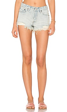 Daisy Chain Lace Short in Light Denim