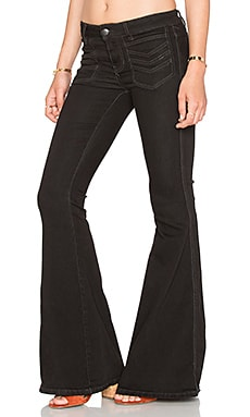 Stella Flare Jean in Black