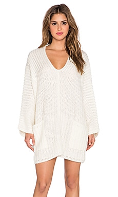 Deep Vee Pocket Tunic in Ivory
