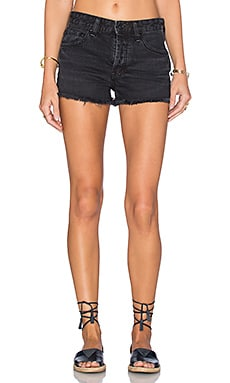 Free People Rock Denim Uptown Short en Blackbird